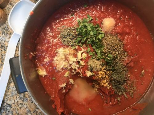 Home Made Spaghetti Sauce. Yum!!