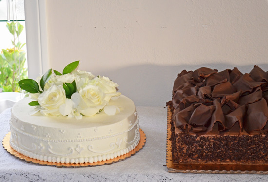 Two Cakes and a Wedding